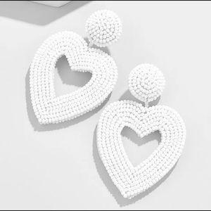 White beads heart piercing earrings